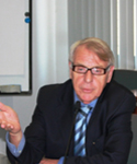 Prof. Bartlomiej Kaminski